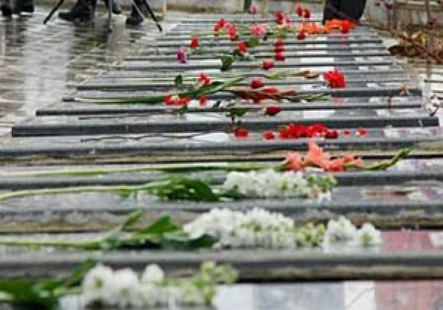 اختصاص مزار گلزارهای شهدا به پزشکان و پرستاران شهید
