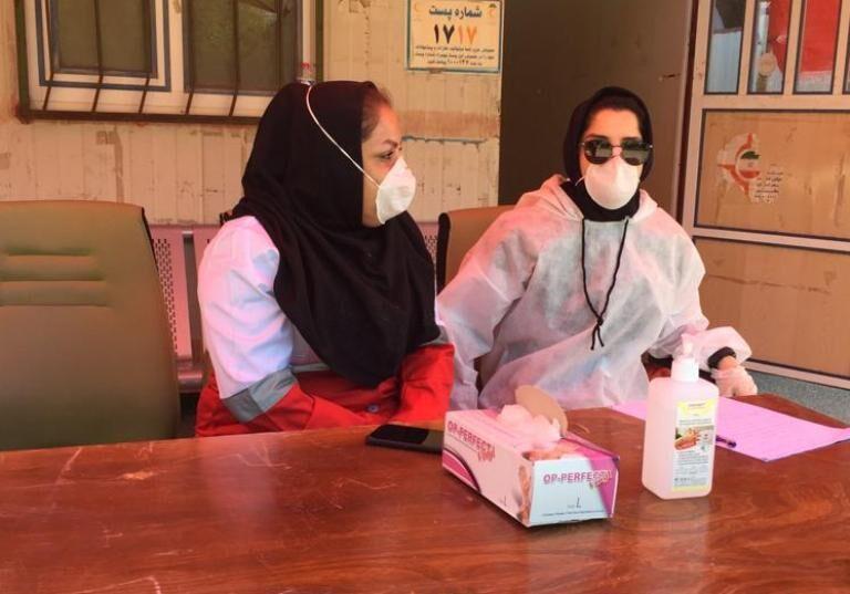 خبرنگاران پایش میدانی بیمارستان گناوه به هلال احمر واگذار شد