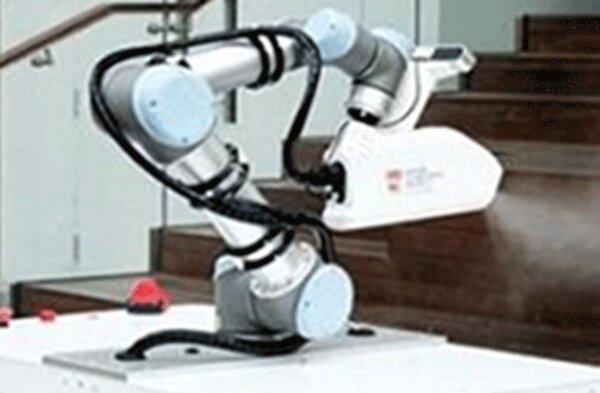 رباتی که با کرونا مبارزه می کند