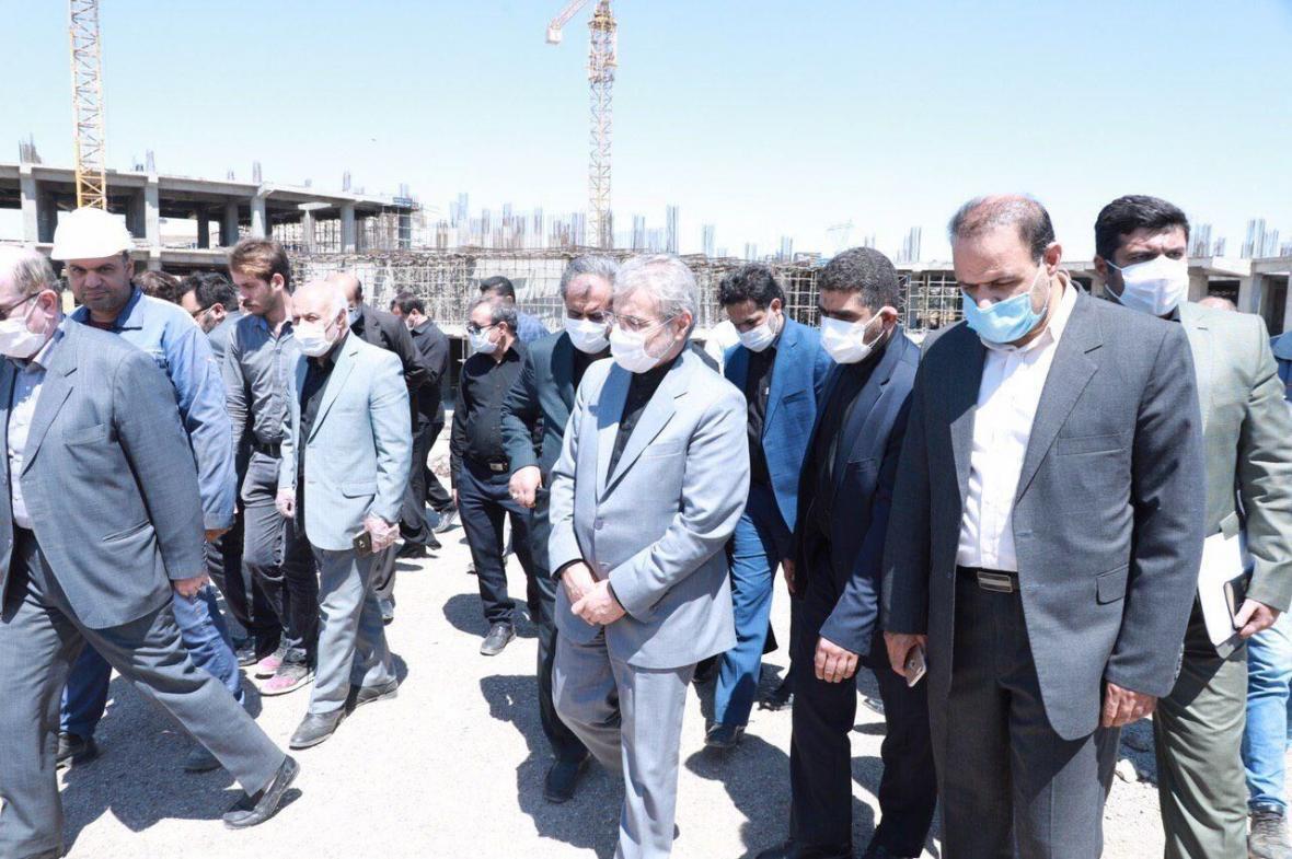خبرنگاران معاون رییس جمهوری از طرح شتابگر ملی در استان قزوین بازدید کرد