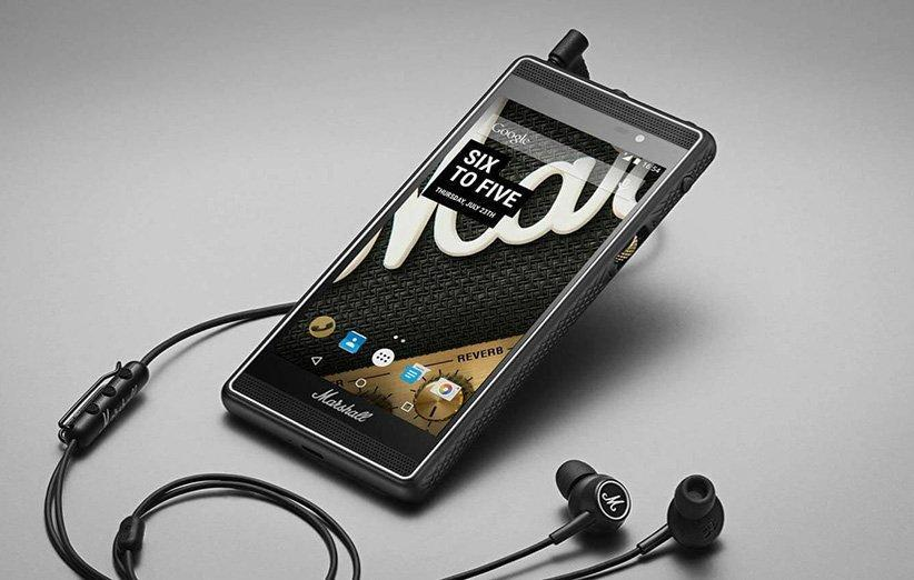5 تلفن همراه عجیب با برند هایی غیرمنتظره (پوما، آدیداس، فیسبوک و&hellip)