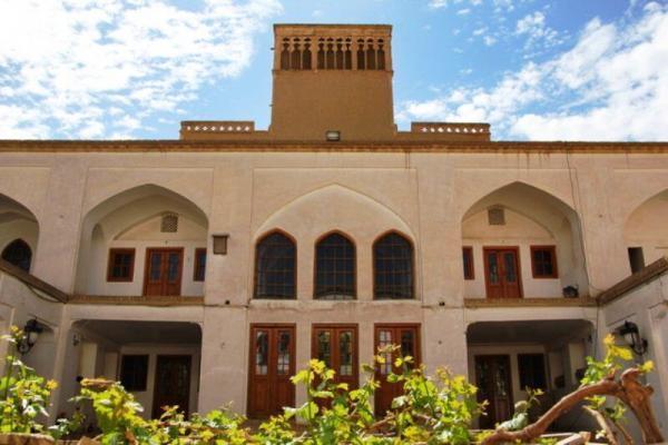 خبرنگاران مراکز اقامتی استان سمنان میزبان سه هزار گردشگر نوروزی بود