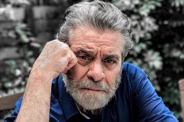 بهروز وثوقی: اگر بتوانم ایران بیایم اول می روم سر قبر مادرم