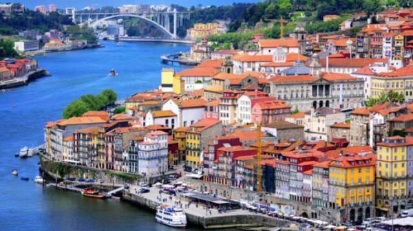 پرتغال به روی گردشگران چند کشور باز می شود