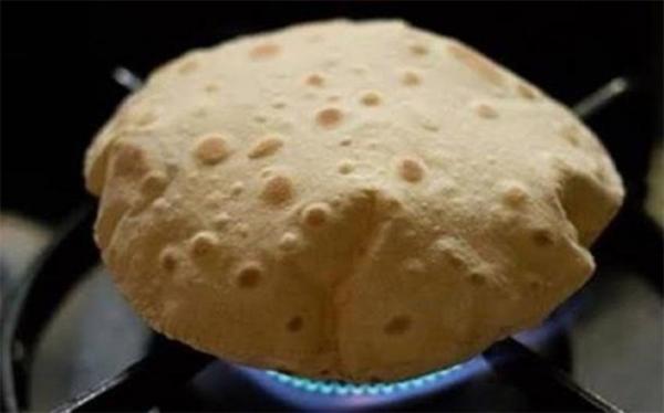 چرا نباید نان را روی گاز داغ کرد