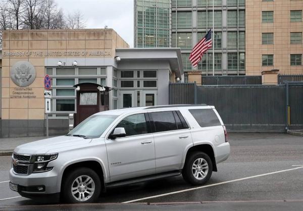 سفارت آمریکا در روسیه کارکنان کنسولی خود را تا 75 درصد کاهش می دهد
