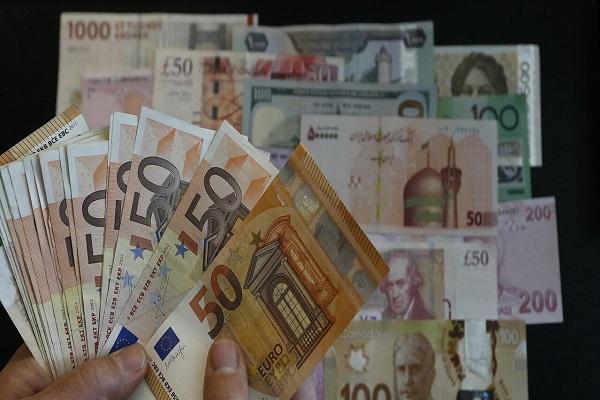 نرخ رسمی 19 ارز افزایش یافت