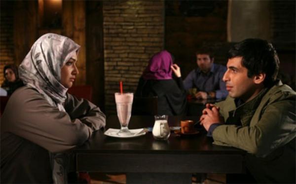 حمید گودرزی و پریناز ایزدیار با زمانه در شبکه الکوثر