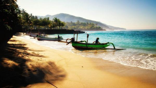 چرا بالی تا این میزان برای جهانگرد ها مجذوب کننده است؟